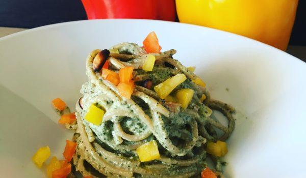 Spaghetto integrale peperone e pesto maggiorana